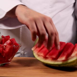 Enjoy the watermelon2 different ways to cut a watermelon