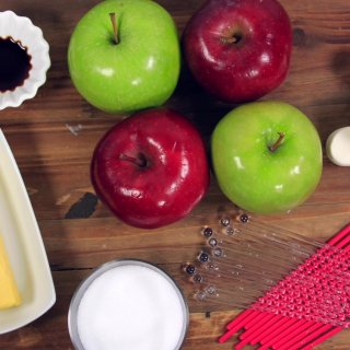 IngredientsHow to make Caramel Apples for Halloween
