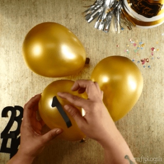 how to decorate balloonsCountdown New Year