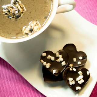 How to make romantic and fun hot chocolate