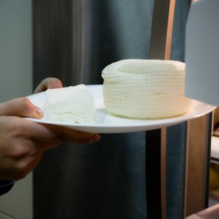 How to grate or cut semi-soft cheese