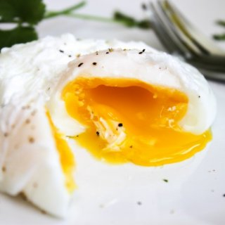 how to make poche eggsHow to make poached eggs