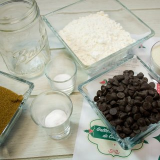 How to make chocolate chip cookie mix to give as a gift