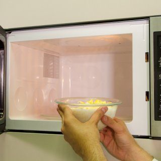 How to make a Hot Cheese Sauce in the Microwave
